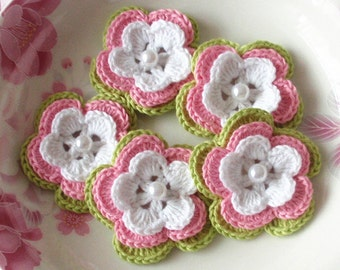 5 Crochet Flowers With Pearls In White, Pink, Green YH-032-13