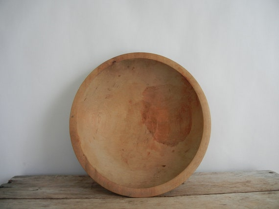Vintage Munising 2nd Wooden Dough Bowl