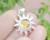 Artisan Jewelry 925 Silver Pendant with Amber of Chiapas Mexico 30 carats