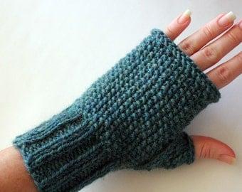 Knitting PATTERN - Seeded Gloves - Fingerless Gloves