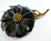 Vintage 70s Hedy Flower Brooch Black Textured Enameled Gold Tone
