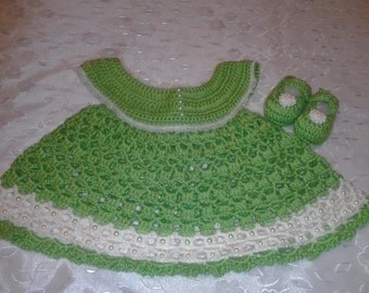 Summer Time Lime Dress with Matching Shoes.   Size 0-6 Months