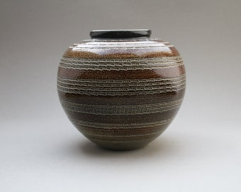 Wim Mühlendyck studio vase (1908-1986)
