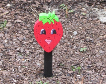 Vegetable Garden Marker - Suzie Strawberry