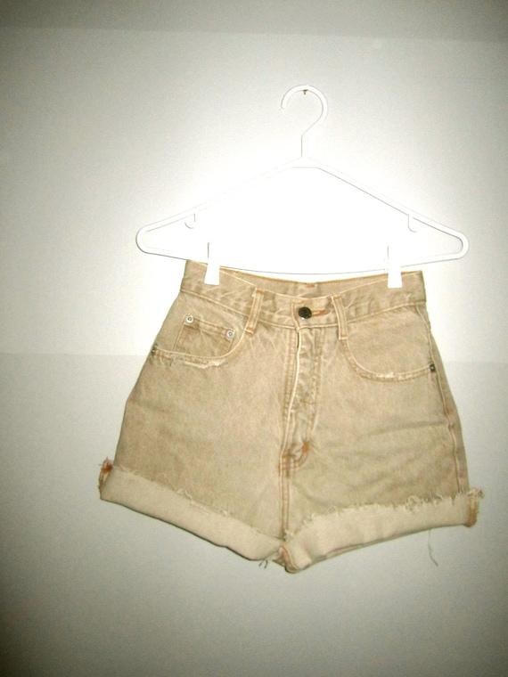SALE Vintage high waisted, beige, jean shorts