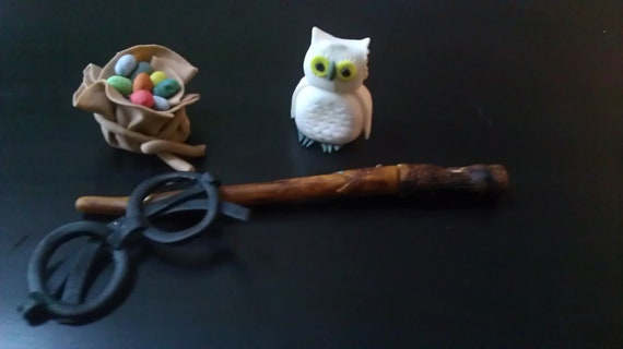 Hedwig Cake Topper
