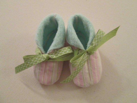 Pale Pink Pinstripe Booties with Green Flannel Lining - Size 6-9 months