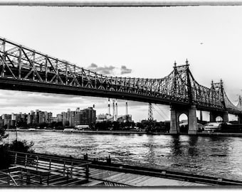 Photograph of NYC bridge black and white