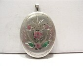 Sterling Silver Locket Oval Colorized Flowers 20 x 30 mm   5 grams  #85