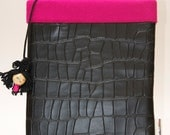Black and Hot Pink Tablet Sleeve