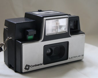 Continental Electroflash 126 Camera with flash