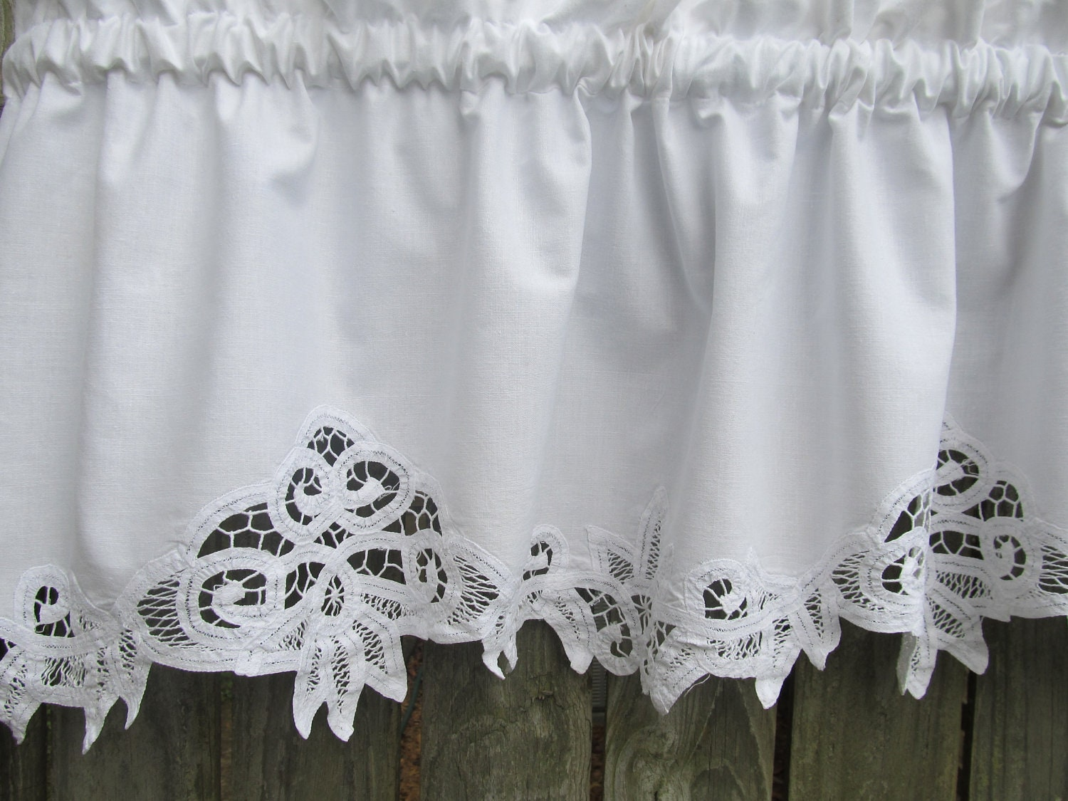 Country Battenburg Lace Curtain Valance In White Cotton
