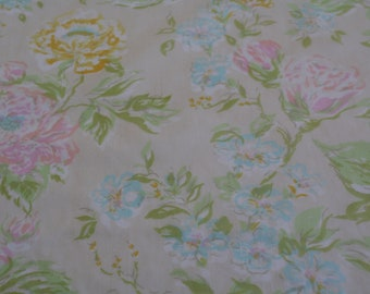 ONE Sweet Vintage Sheet Fat Quarter, Vintage Sheet, Vintage Fabric, Fabric Stash, Quilting Supplies, Sewing Supplies, FP6