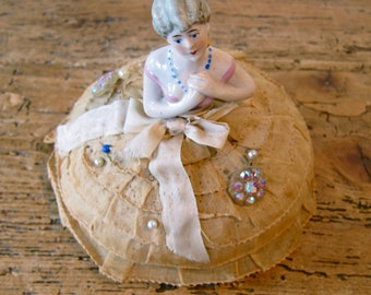 Valentine be mine. Hand painted porcelain pin cushion
