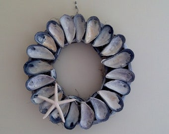Maine Mussel Shell Wreath