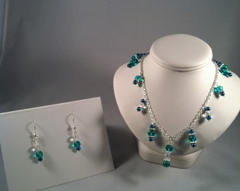 Turquoise and blue beaded necklace and earrings set - Beaded Jewelry Set - Gift for her - Beaded Jewelry - Necklace - Earrings - Jewelry