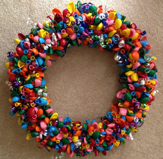 16 balloon wreath by littlecraftycottage on etsy