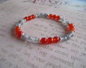 Gray quartz & red jade bracelet