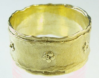 Gold ring,Recycled gold, Wedding Band, Woman Wedding Band.yellow Gold