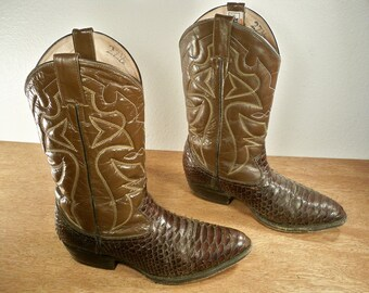 Vintage WILLY D KID Exotic Snake Skin Brown Two Tone Leather Cowboy Western Riding Rancher Men's Leather Boots Size 9
