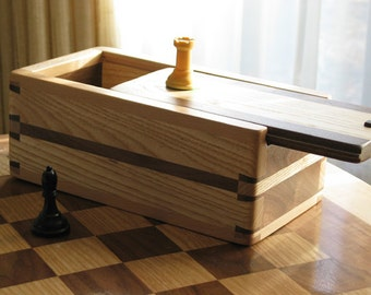Wooden Chess piece box