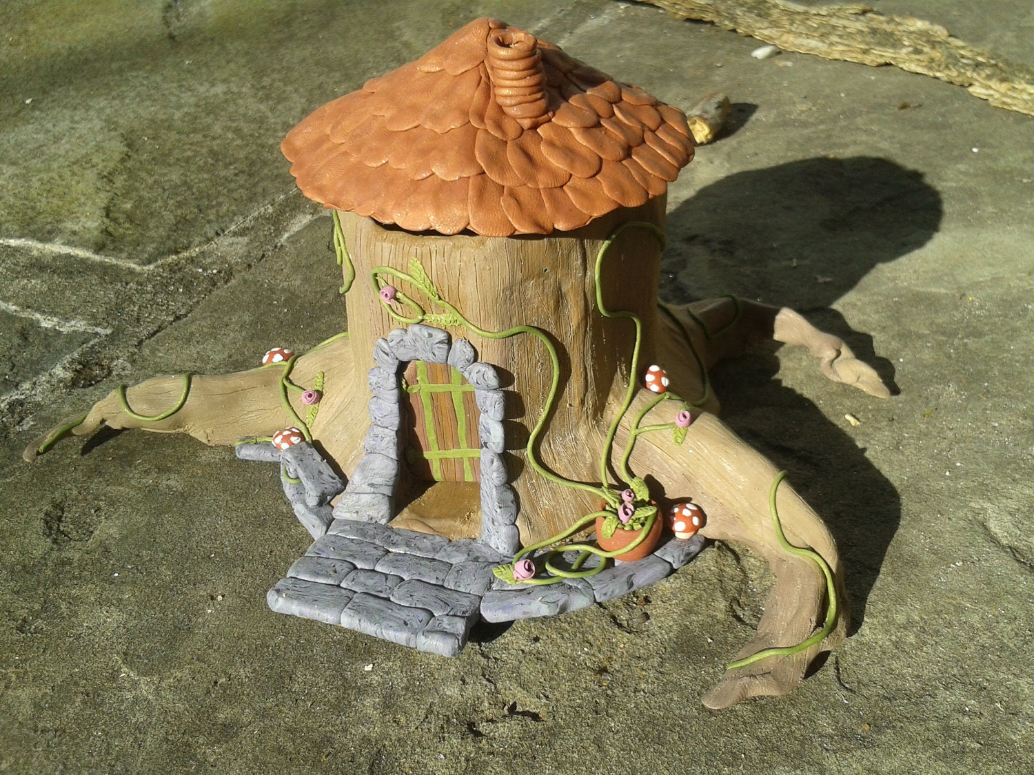 Fairy House Tree Stump Incense Burner