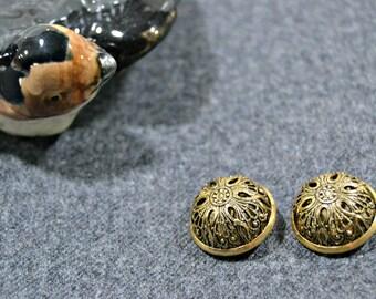 3 Vintage golden metal buttons