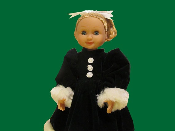Melissa and Doug Doll Clothes for Mine to Love 14 inch Princess Ballerina Bride doll green holiday dress