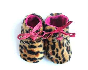 6-12 Months Slippers / Baby Shoes Lamb Leather leopard pink