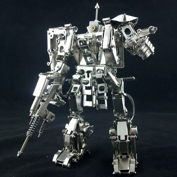 Hand Made TRANSFORMERS 9.8 inches different metal parts moveable joint