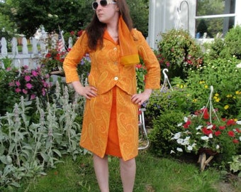 Vintage 60s suit , mod orange   Paisley print , 2 piece set , jacket     Skirt and Top  , 1960s outfit , sm