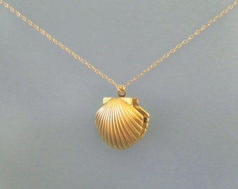 Mermaid, Shell, Locket, Photo, Gold, Necklace, Seashell, Shell, Ariel, Necklace, Birthday, Best friends, Sister, Gift, Jewelry