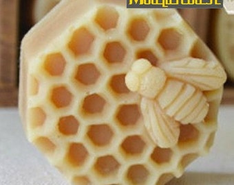 Bee On Honeycomb Flexible Silicone Mold Silicone Mould Soap Mold Polymer Clay Mold Resin Mold wm127