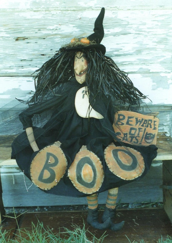 Primitive Halloween Pattern EPattern  PDF Witch Doll Ghost Wood Ornament by Hickety Pickety 052