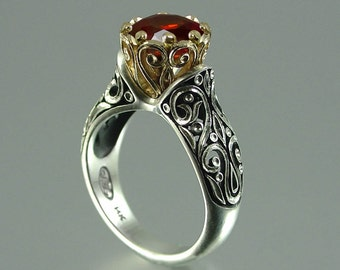 The ENCHANTED PRINCESS 14k gold engagement ring with Garnet