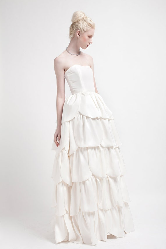 BEGONIA I Gown