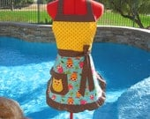 Owl Sassy Apron, Womens, Misses and Plus Sizes, Retro Cocktail Style with Ruffles, Owl Pocket