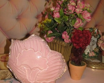 Vintage 1950's Pottery  Serving Bowl, Pretty Pink, Shabby Chic, Peanuts, Candy Bowl, Glaze, Candy Dish