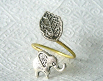 Silver elephant ring with a leaf, adjustable ring, animal ring, silver ring, statement ring