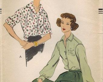 1950s Vogue 9075 Vintage Sewing Pattern Misses' Blouse, Shirt Size 12 Bust 32