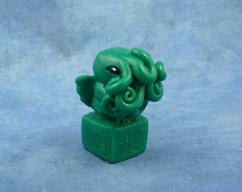 Jade Green Cthulhu Figure with Base, Original Horror Sculpture Inspired by H.P. Lovecraft