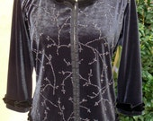 """Women's Large/XL Upcycled Pullover- """"Platinum Vines"""""""