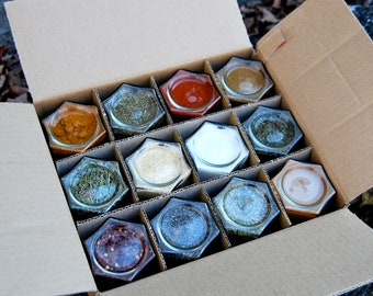 Custom Filled Organic Spice Kit // Set of 12 Large (4 oz.) Magnetic Jars Filled with Your Choice of 150+ Spices!