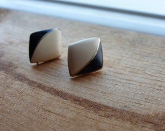 Vintage Black and White Triangle Earrings with Gold or Gold Tone Trim