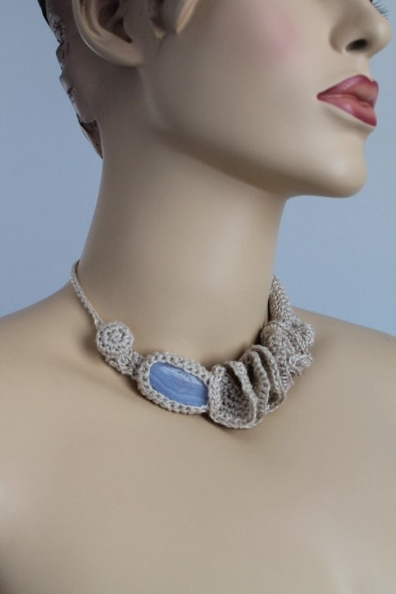 Off White Crochet Necklace - Crochet Jewelry  - Summer Fashion - Blue Agate Stone