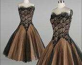 Vintage 1950s Dress . Black Tulle . Lilli Diamond . Lace . Sequins . Peach . Full Skirt . Strapless . XS/S . 1680