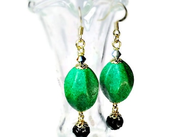 Retro Style Emerald Green Earrings, Bead Dangle