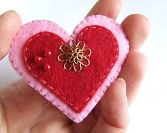 Fridge magnet, Heart Magnet, felt heart, felt magnet