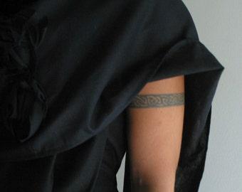 Linen Wool Shawl by NervousWardrobe on Etsy