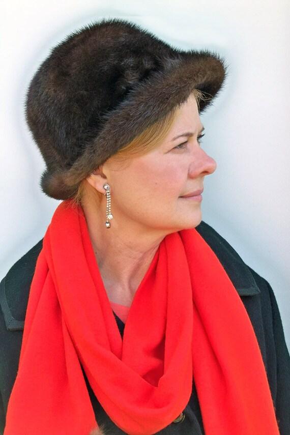 Mid-Century Mink Fur Hat - Super Soft and Cozy Warm